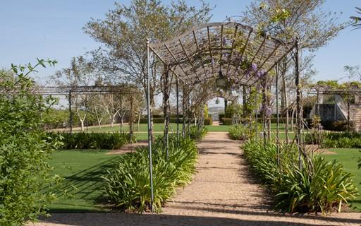Modelos de pergolados para o jardim casa e jardim p rgola - Modelos de pergolas ...