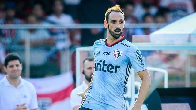 Juanfran estreou contra o Ceará