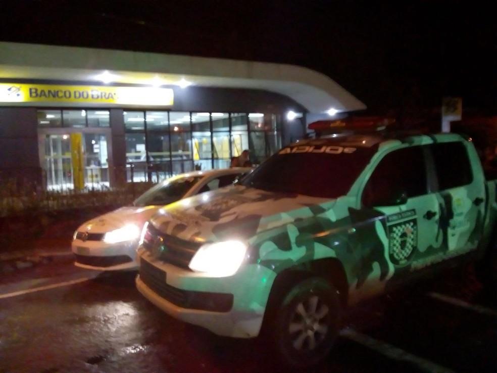 Criminosos explodiram agência do Banco do Brasil em Angical do Piauí (Foto: Divulgação / PM)