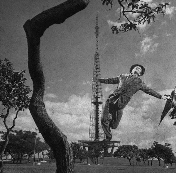"""A Torre de TV, marco turístico do Eixo Monumental, vira palco para """"Dançando na Chuva"""". Montagem sobre foto de 1969 (Foto: Brasilia Retrofuturista/Reprodução)"""