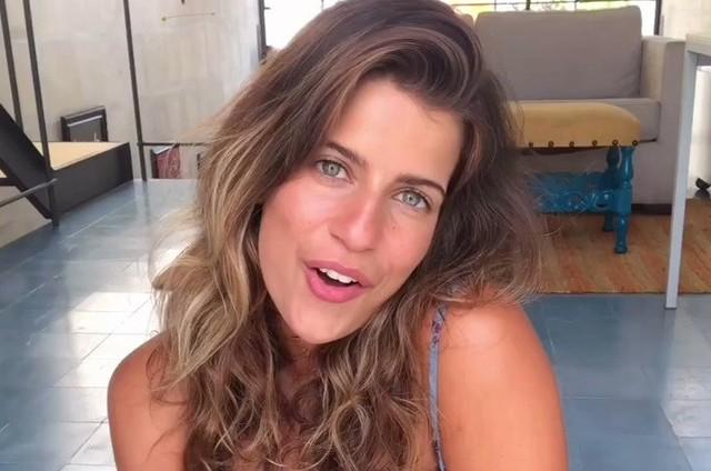 Maria Bopp estrela o quadro Bloguerinha do Fim do Mundo, no Instagram (Foto: Reprodução)