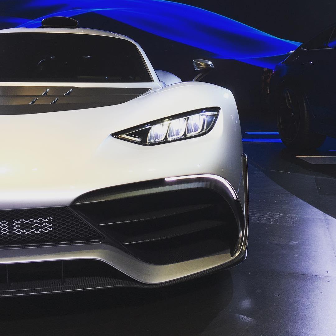 A Mercedes Benz AMG One no Salão do Automóvel (Foto: Reprodução/Instagram)
