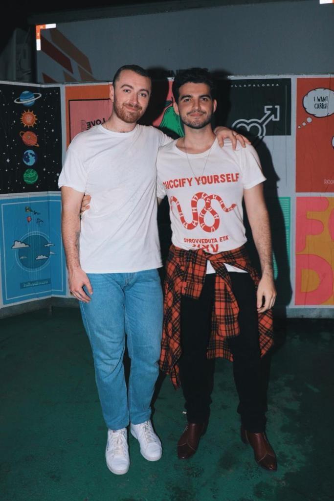 Sam Smith e Jão nos bastidores do Lollapalooza nesta sexta-feira (6) (Foto: Divulgação)