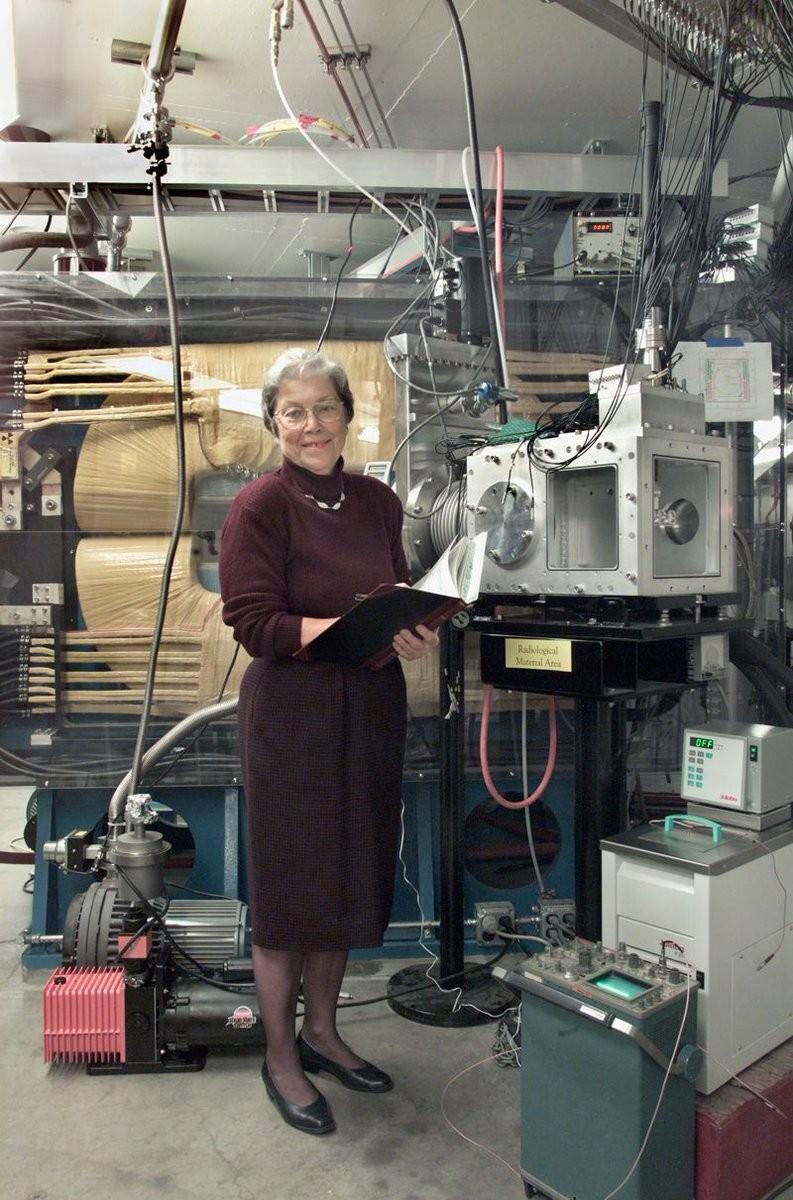 Química Darleane Hoffman (Foto: Roy Kaltschmidt/Lawrence Berkeley National Laboratory)