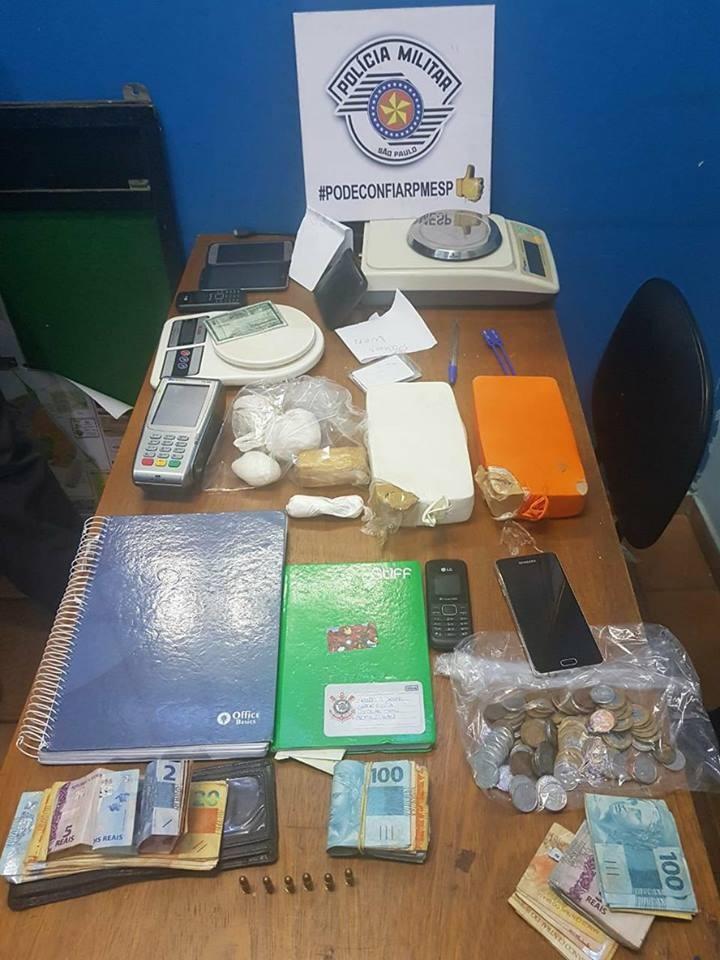 PM prende 3 homens com dois tijolos de crack, 3 kg de cocaína e munições em Matão, SP