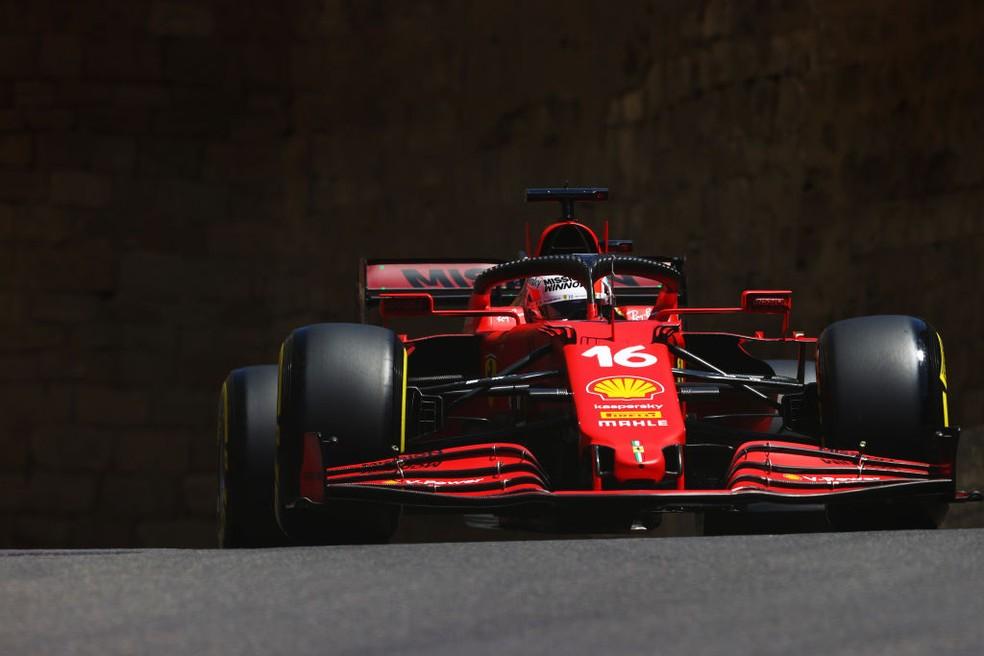 Charles Leclerc, da Ferrari, na classificação do GP do Azerbaijão F1 2021 — Foto: Francois Nel/Getty Images