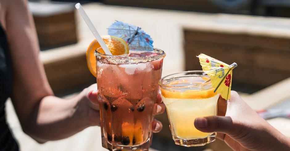 Álcool, bebida, celebração (Foto: Pexels)