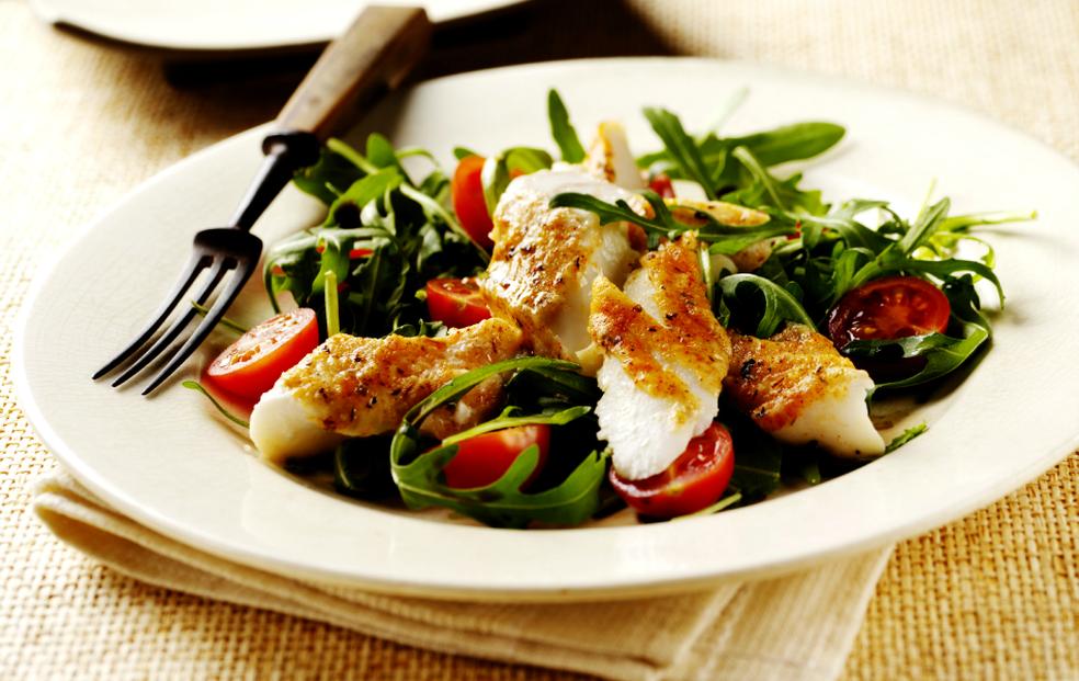 Alimentação saudável, longe de gorduras e com menos carboidratos, é o ideal para reduzir taxa de triglicérides (Foto: Getty Images)