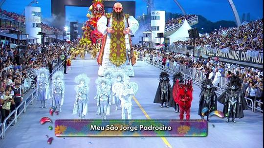 Gaviões da Fiel fecha o carnaval de SP com enredo sobre tabaco e Sabrina Sato rainha pela 1ª vez