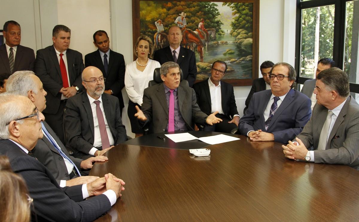 Flávio Kayatt e Marcio Monteiro são empossados como conselheiros do TCE-MS