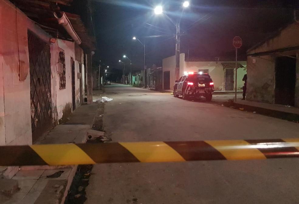 Quatro pessoaS foram mortas em um período de 12h em Caucaia, na Grande Fortaleza. — Foto: Rafaela Duarte / SVM