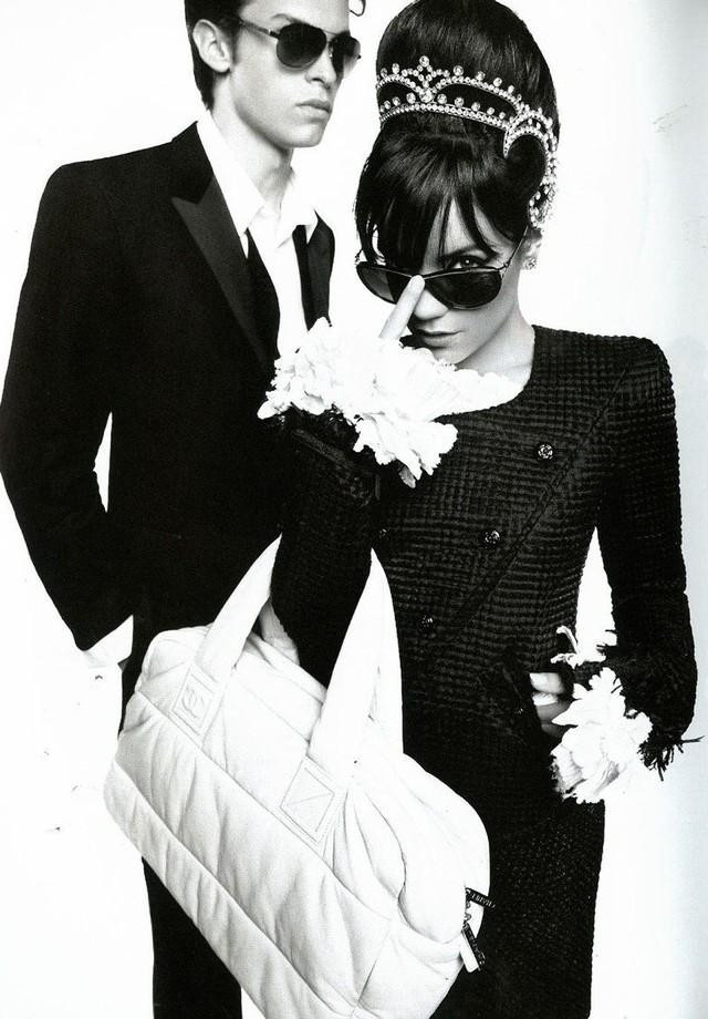Lily Allen em uma campanha da Chanel em 2009 (Foto: Divulgação)