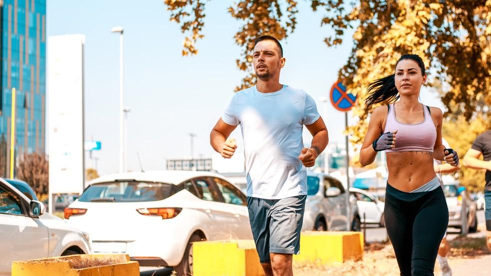 Correr é um dos principais esportes para quem quer emagrecer (Foto: Istock)