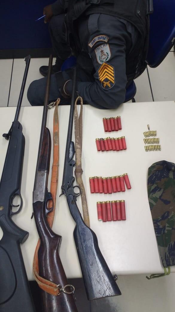 Homens são presos por posse ilegal de armas em área rural, em Barra Mansa - Notícias - Plantão Diário