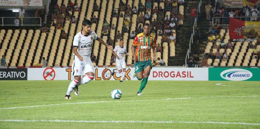 Sampaio Corrêa volta a jogar pela Copa do Nordeste e sonha com vaga na decisão (Foto: André Hiltner/Divulgação/EC Vitória)