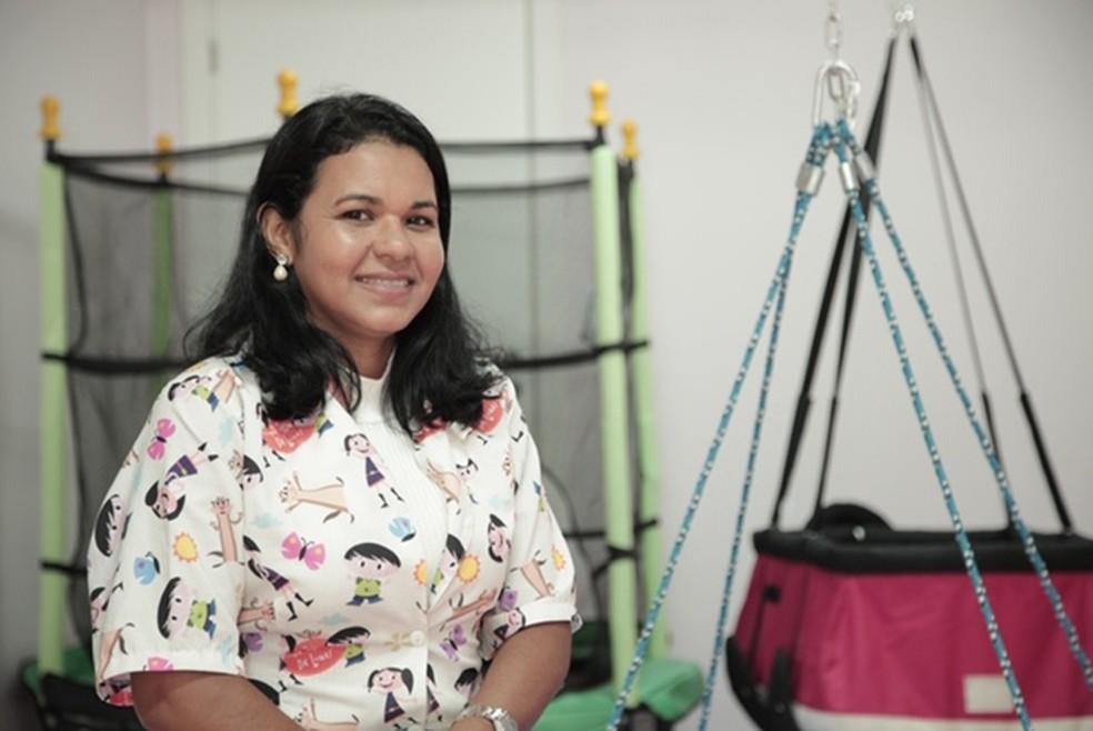 Rose Cristina Bello, terapeuta ocupacional e idealizadora do projeto Ludic — Foto: Adriano Soares/G1