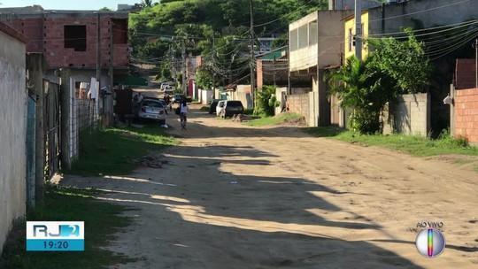 Filhos de mulher presa por esfaquear adolescente no RJ são encaminhados para a avó