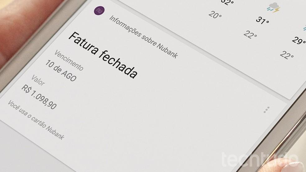 """Nubank recomenda não pagar a fatura com o próprio cartão de crédito """"roxinho"""" — Foto: Barbara Mannara/TechTudo"""