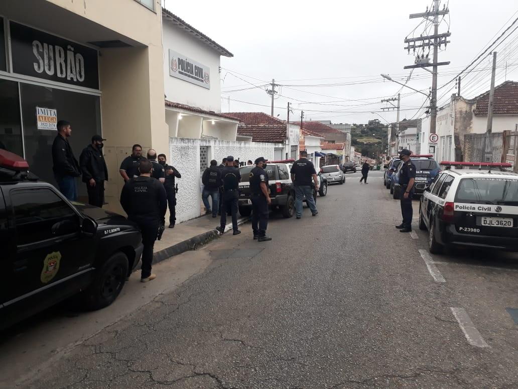 Polícia Civil prende grupo por tráfico de drogas em Itapeva e Boituva