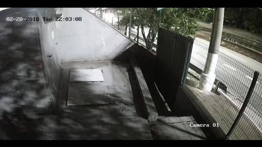 Câmeras registram motociclista momentos antes de matar jovem em ponto na Marginal Pinheiros
