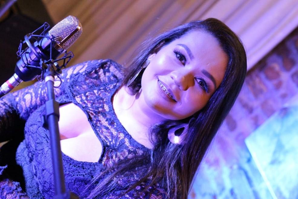 Cantora Saiô — Foto: Hz Moreira/Divulgação