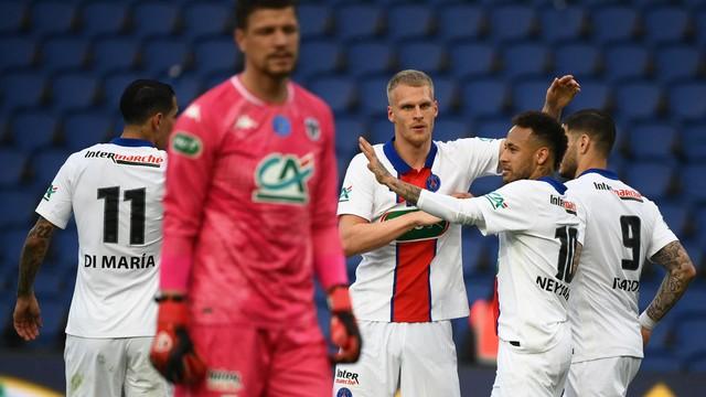 Neymar em PSG x Angers