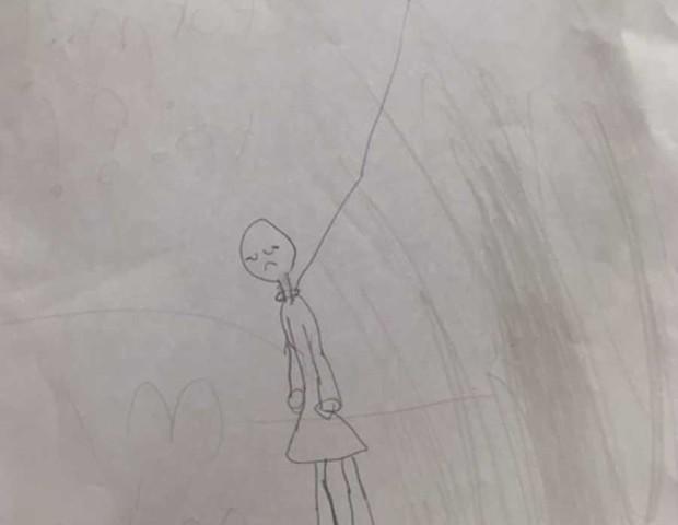 Criança de 7 anos faz um desenho de suicídio (Foto: Reprodução Facebook)