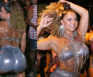 Viviane Araújo desce até o chão de look metálico em noite de samba