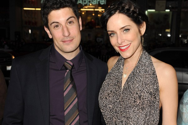 Jason Biggs e Jenny Mollen (Foto: Getty Images)