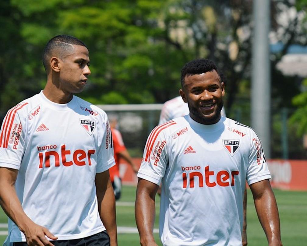 Bruno Alves e Luan voltaram a ser titulares do São Paulo — Foto: Reprodução/Twitter
