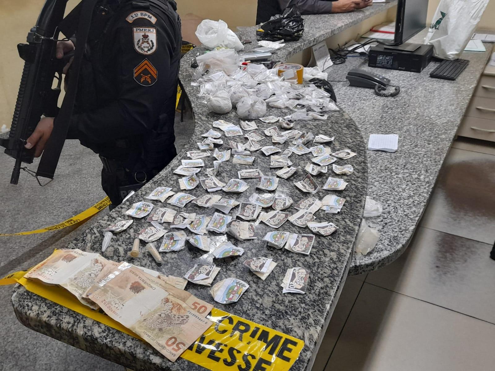 Homem é preso e drogas são apreendidas em Bom Jardim, no RJ
