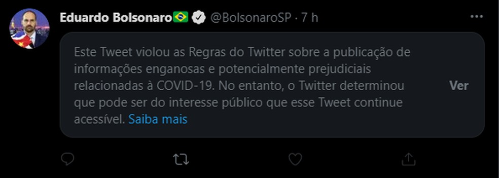 Publicação de Eduardo Bolsonaro recebeu aviso de 'publicação enganosa' no Twitter — Foto: Reprodução/Twitter