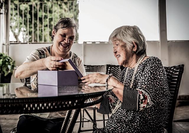 Empresas Ativistas - Mais de 20 instituições, incluindo casas de acolhimento a idosos, fazem parte da rede beneficiada pela ONG DeMais.  A causa mobiliza funcionários de todos os escalões da maior patrocinadora, a BGC Partners, diz o CEO, Ermínio Lucci (Foto: Anna Carolina Negri)