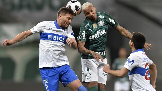 Deyverson em Palmeiras x Universidad Católica