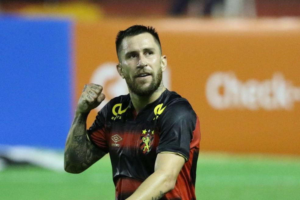 Jonatan Gómez se queixa de dores, e Sport mira recuperação de elenco para  enfrentar São Paulo | sport | ge
