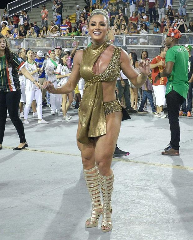 Juju Salimeni é a Rainha da X-9 Paulistana (Foto: AG News)