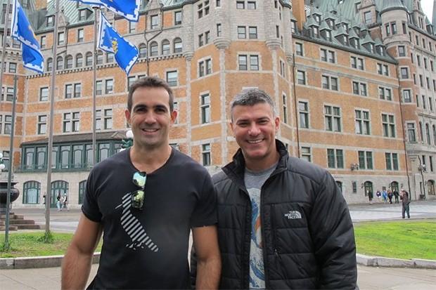 Leonardo Vieira e o marido Leandro Fonseca em viagem para o Canadá (Foto: Reprodução/Instagram)