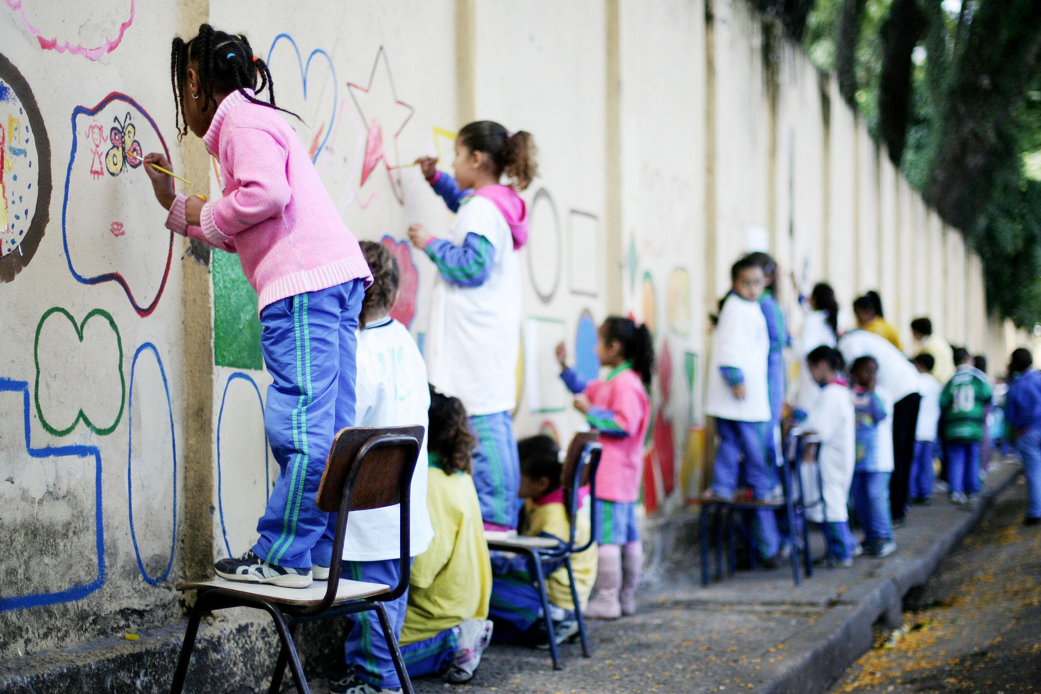 Após 17 anos da lei federal, ensino afro alcança todas as escolas municipais de SP; prática na rede ainda é irregular