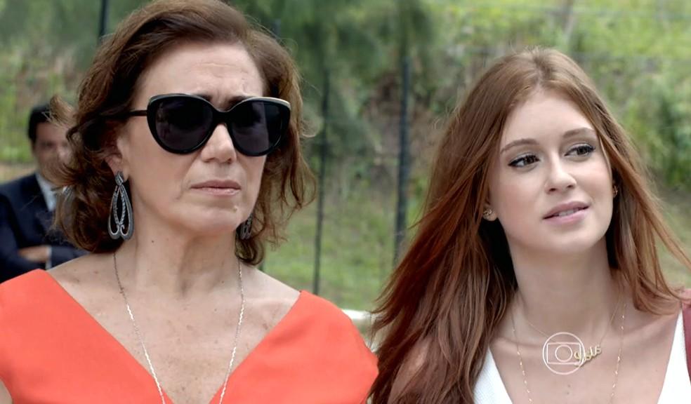 Maria Marta (Lilia Cabral) e Maria Isis (Marina Ruy Barbosa) visitam José Alfredo (Alexandre Nero) no dia da sua libertação - 'Império' — Foto: Globo