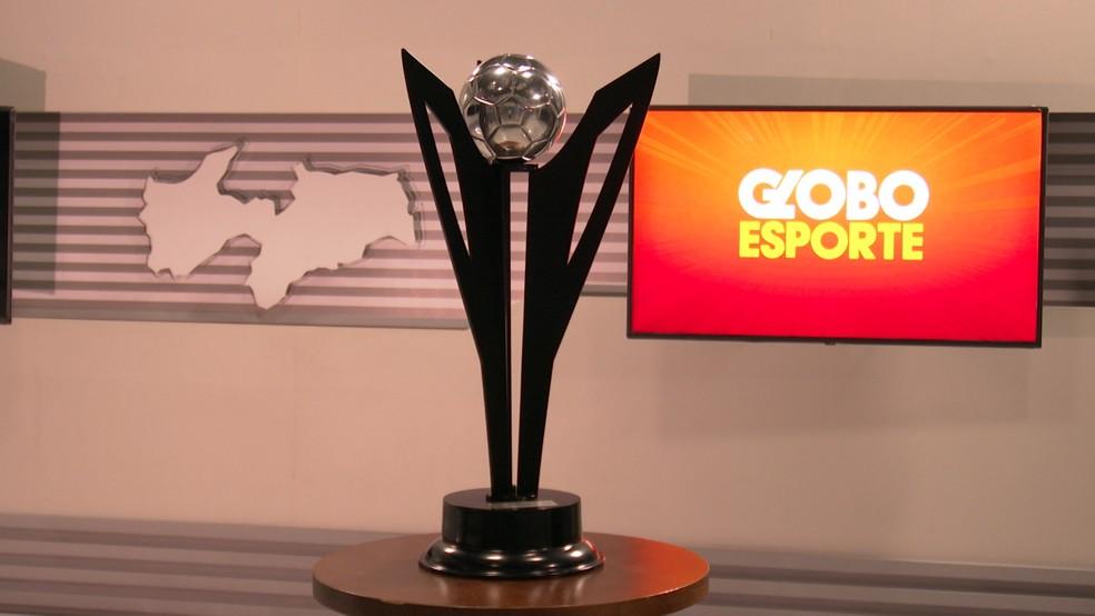 Taça de campeão paraibano de 2021 foi apresentada em primeira mão para a Rede Paraíba de Comunicação — Foto: Reprodução/TV Cabo Branco