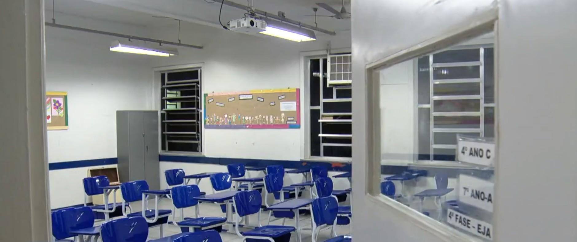 Volta às aulas presenciais em Minas: Saiba quais escolas podem retornar, os critérios e o que vale para BH a partir desta segunda
