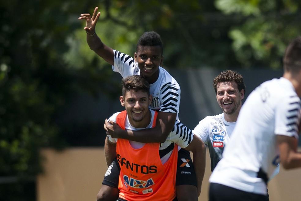 Elano, Rodrygo e Yuri Alberto em treino do Santos (Foto: Ivan Storti/Santos FC)