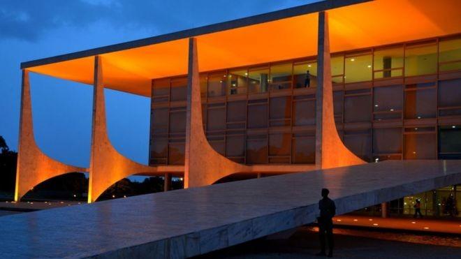 Saber desconstruir adversários é fundamental para quem quer subir a rampa do Planalto. (Foto: Agência Brasil via BBC)