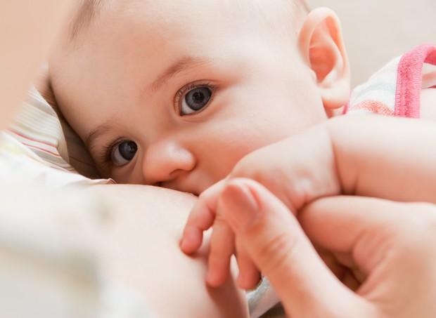 amamentacao (Foto: Shutterstock)
