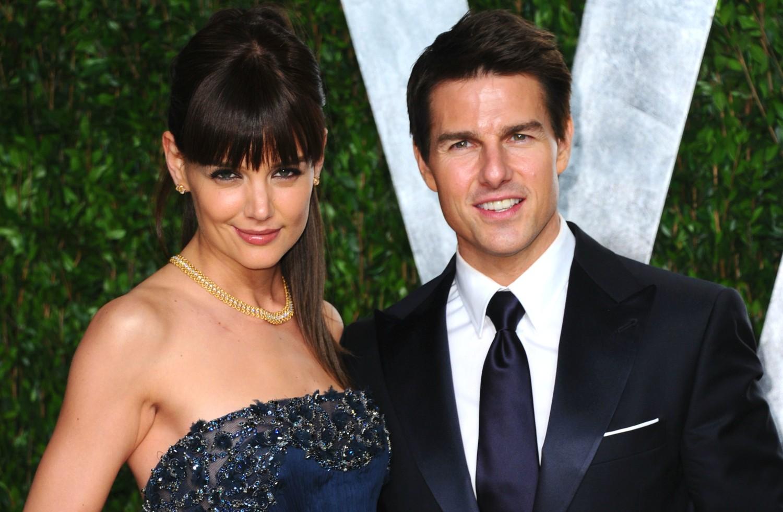 Tom Cruise e Katie Holmes pareciam um casal perfeito, especialmente após o nascimento da filha que tiveram juntos, Suri. Depois de cinco anos, porém, a união terminou justamente porque a atriz queria proteger a filha da influência da cientologia, religião (Foto: Getty Images)
