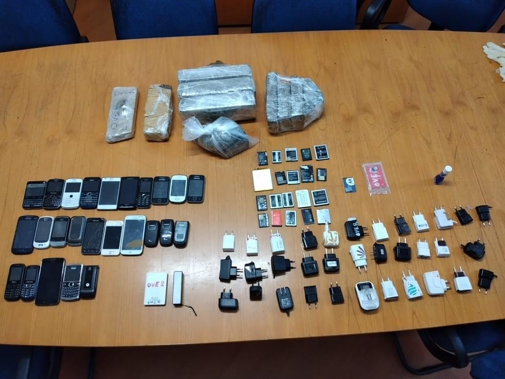 Todo o material foi apreendido e levado para a delegacia — Foto: Divulgação/SAP
