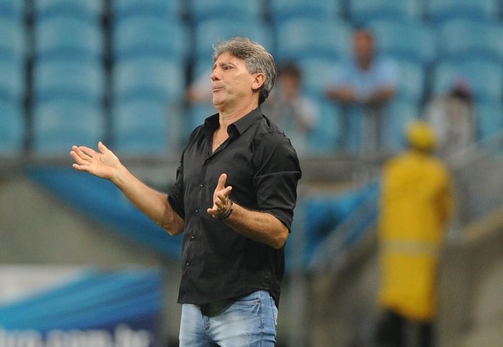 Renato não gostou nada de derrota do Grêmio e precisa ajustar o time — Foto: Wesley Santos/Press Digital