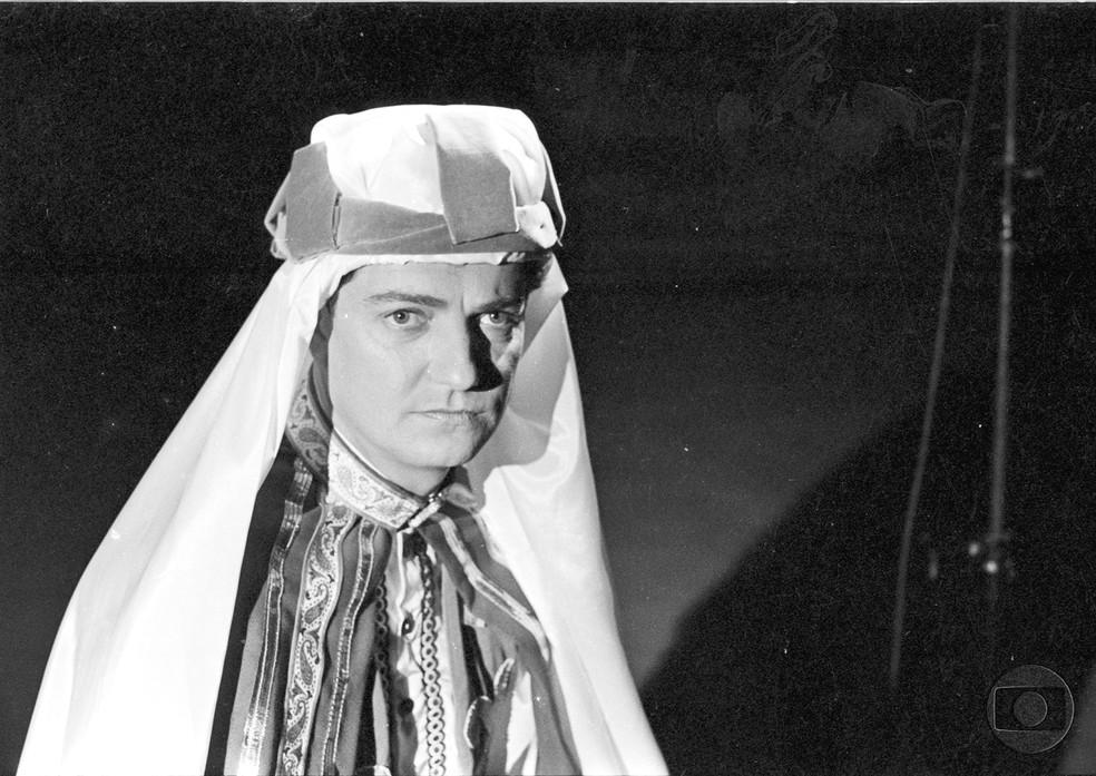 Henrique Martins na novela 'O sheik de Agadir' (1966) (Foto: Acervo TV Globo)