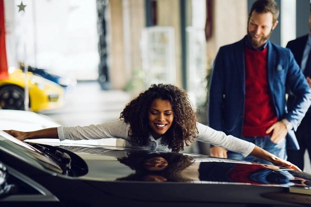 loja, concessionária, carro novo, venda, black friday (Foto: Getty Images)