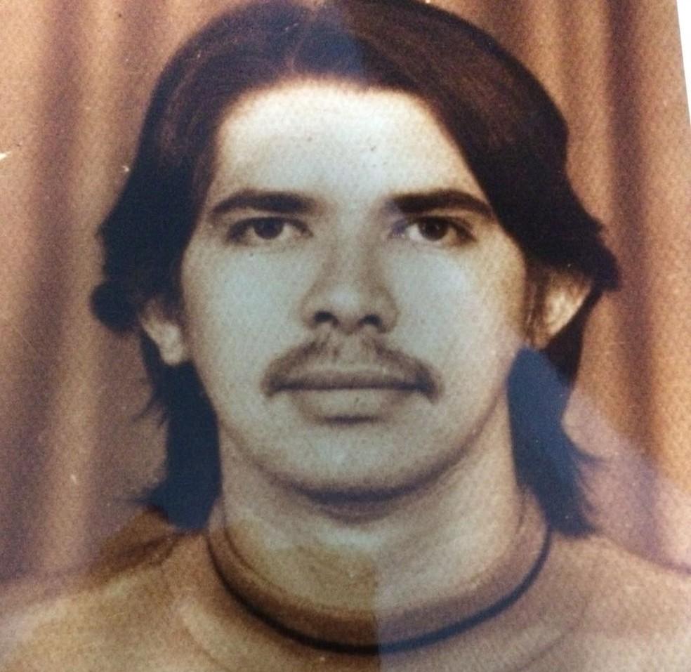 Última foto, em vida, de Antônio Teodoro de Castro, estudante de farmácia que teria sido morto na ditadura (Foto: Eliana de Castro/Arquivo Pessoal)